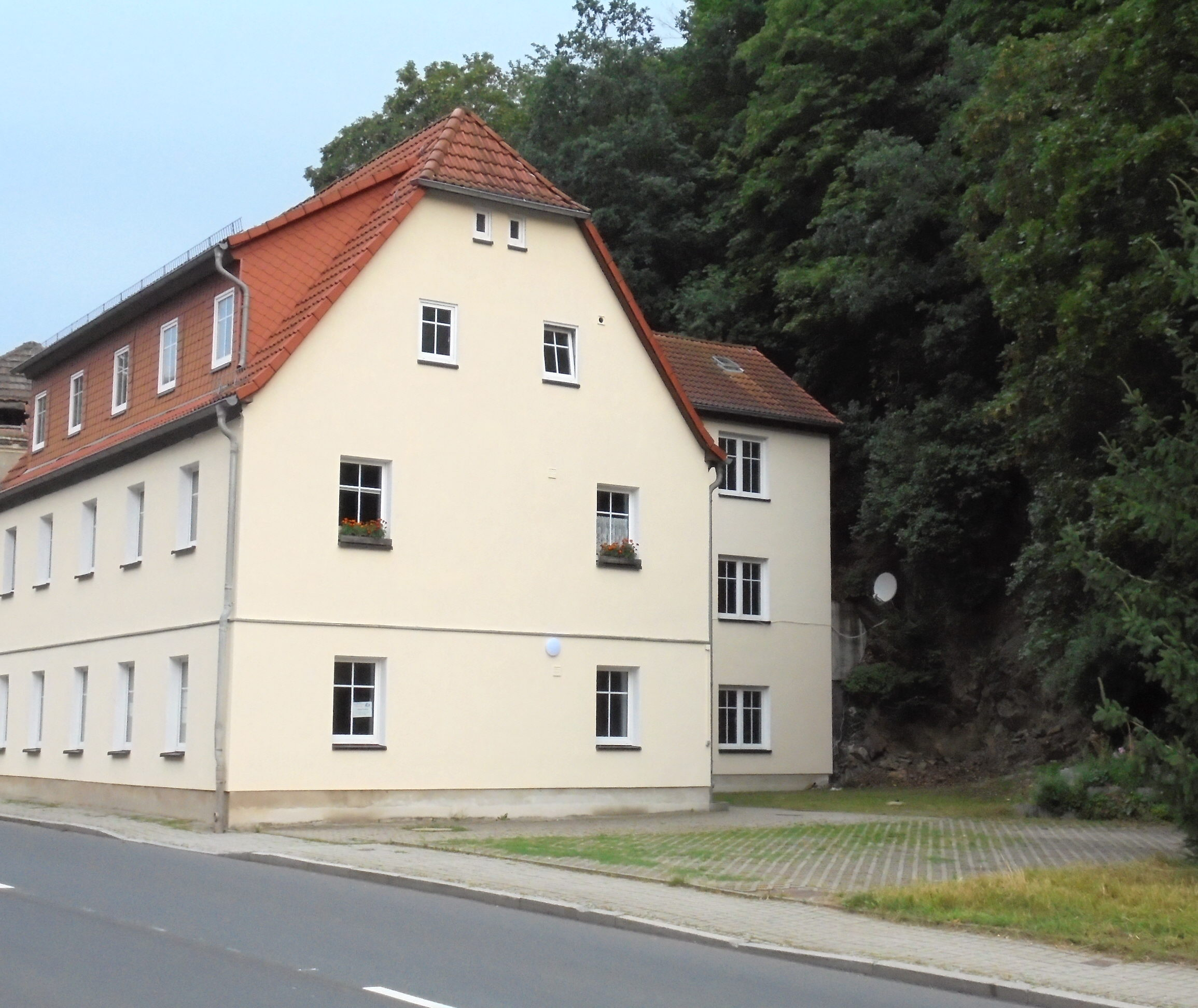 Zentral Gelegene 3 Raum Wohnung In Tharandt, Günstig, Auch WG Geeignet